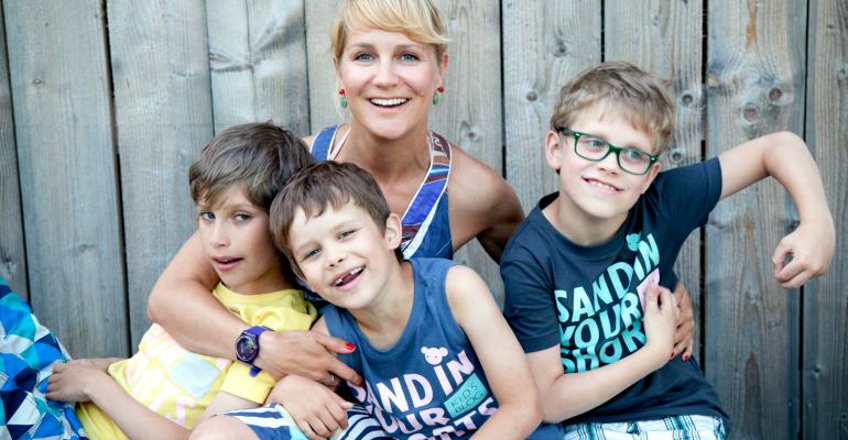 Фотокурс «Как фотографировать детей?» теперь на русском!